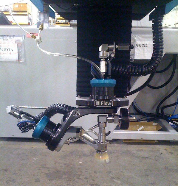 Flow Waterjet cutter equiped with XD dynamic cutting head